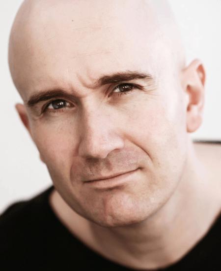 Simon Kennedy - Corporate Comedians