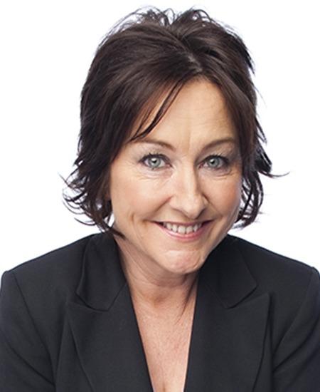 Fiona Oloughlin - Corporate Comedians